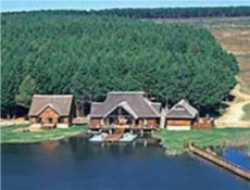 Dullstroom chalet on the lake. Dullstroom shuttle service will get you there safely